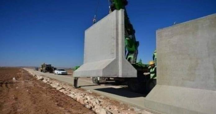 كشف حقيقة هدم القوات التركية منازل سوريين بناء جدار بين إدلب وعفرين