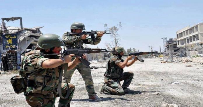 """مصدر خاص لـ""""الدرر الشامية"""": عودة الاشتباكات بين """"الفرقة الرابعة"""" و""""الفيلق الخامس"""" غربي حماة"""