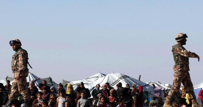 """لاجئ سوري يروي قصته """"المأساوية"""" عن ترحيله """"غصبًا"""" من الأردن"""