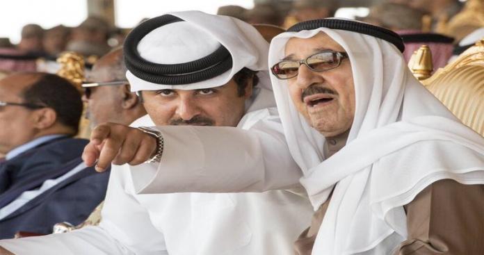 بعد استقباله مبعوث الملك سلمان.. أمير الكويت يبعث رسالة عاجلة إلى تميم بن حمد