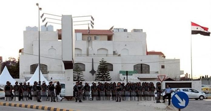 """لجنة برلمانية أردنية في سفارة """"نظام الأسد"""" بعمَّان.. ما سبب الزيارة؟"""