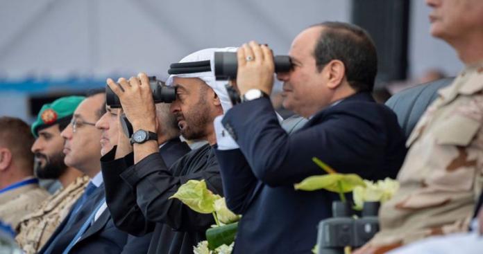 """بحضور """"بن زايد"""" و """"بن سلمان"""".. قاعدة عسكرية جديدة جنوب مصر"""