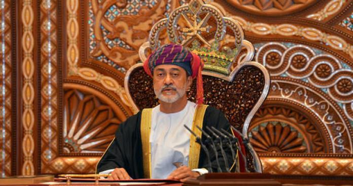سلطان عمان هيثم بن طارق يبعث أول رسالة إلى بشار الأسد