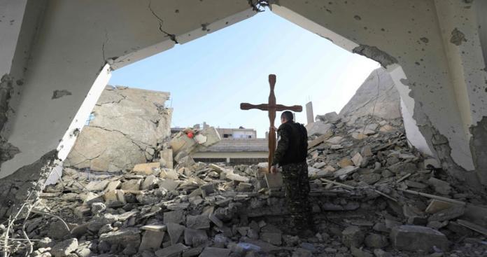 """خاص لـ""""الدرر"""": روسيا تفخخ مدنًا مسيحية بمناطق النظام وتحدث تفجيرات.. هذه الأسباب"""
