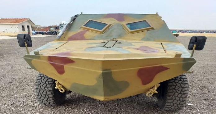 """مسؤول عسكري بـ""""الزنكي"""" يكشف لـ""""الدرر الشامية"""" مراحل تصنيع وقدرات مصفحتهم الجديدة (صور)"""