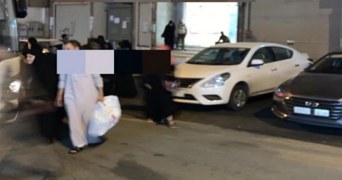 رجال ونساء في مشهد صادم.. الأمن السعودي يحاصر فندقًا في مكة ويقبض على 140 شخص (صور)