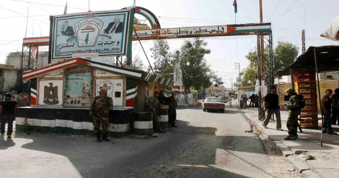 فلسطينيو لبنان .. من ضعف المرجعية إلى الفوضى الأمنية