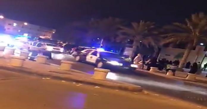 """هلع وفوضى في الرياض.. حدث أمني خطير ضد فرقة راقصة تابعة لـ""""الترفيه السعودية"""" (فيديو)"""