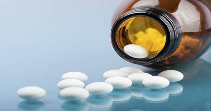 أول دولة خليجية تستعد لترخيص نوع جديد من الأدوية أثار جدلاً