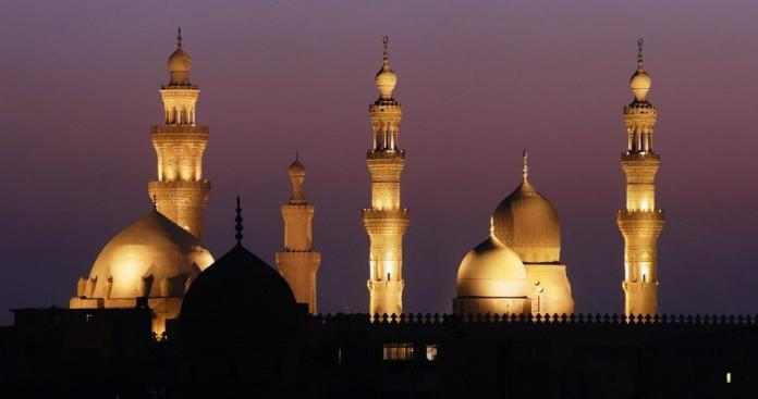 ظاهرة تحدث لأول مرة.. المساجد تتحرك بالسعودية!