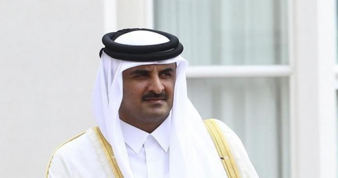على وقع أنباء قرب المصالحة الخليجية.. تحركات سياسية جديدة من أمير قطر