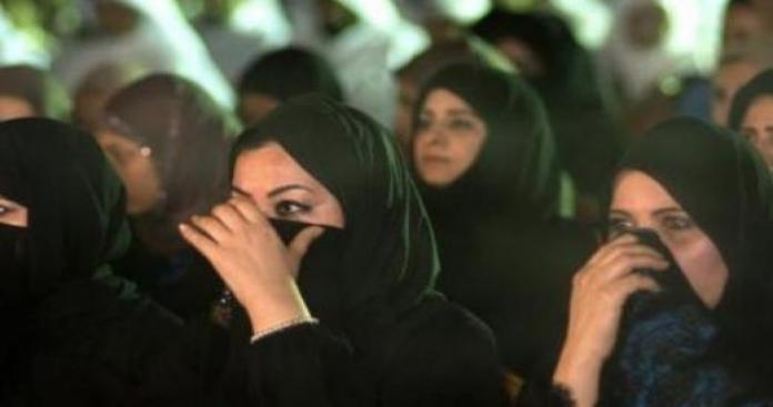 """الكويت.. عصابة من 150 وافدًا تستخدم """"أسلوبًا شيطانيًا"""" لإغراء النساء واستقطابهن"""