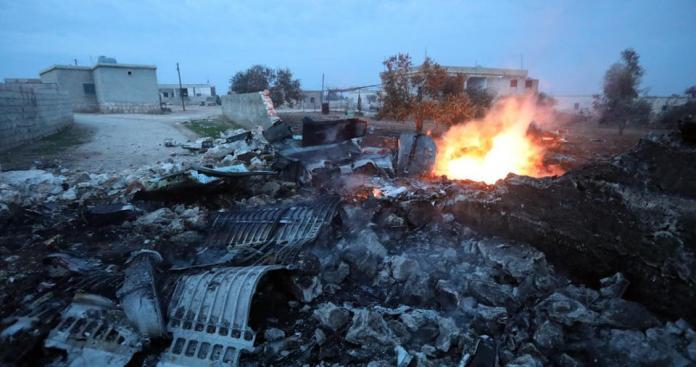 """أمريكا تشارك في قتل المدنيين بإدلب مع روسيا و""""نظام الأسد"""" بمزاعم استهداف """"القاعدة"""""""