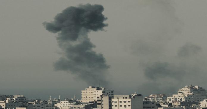 """غزة تحت النار.. عدوان إسرائيلي جديد على القطاع و""""نتنياهو"""" يعود من أمريكا لإدارة الحرب"""