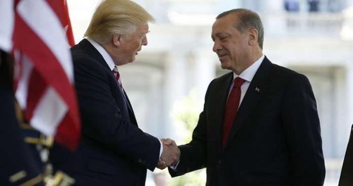 """""""أردوغان"""" لـ""""ترامب"""": تركيا مستعدة لحفظ الأمن في منبج بعد انسحاب أمريكا"""