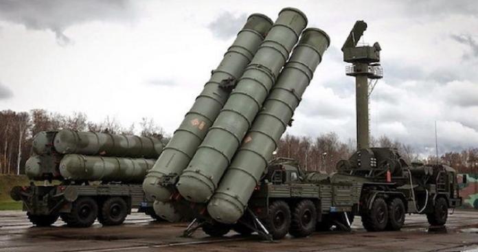 """رغم التهديدات الأمريكية.. تركيا تعلن بدء تسلمها منظومة """"أس400"""" الروسية"""