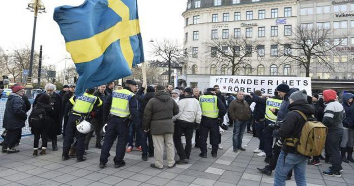 السويد تعلن مفاجأة سارة وغير مسبوقة بشأن طالبي اللجوء