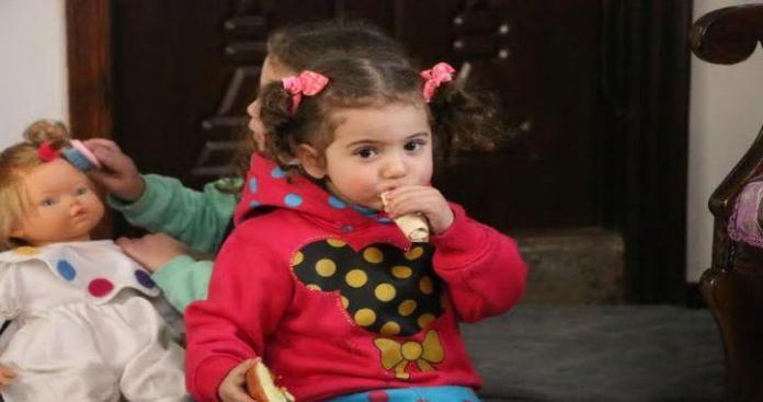 أم مع أطفالها معتقلة في سجون الأسد: توسلت الحراس أن يقتلونني