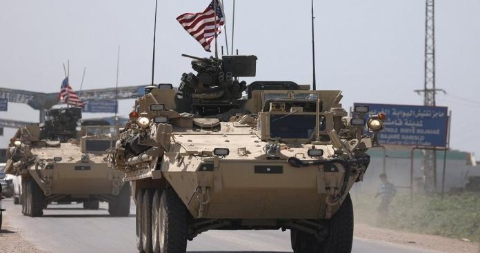 """الأمن العسكري لـ""""نظام الأسد"""" يطلق النار على رتل أمريكي بالمربع الأمني في الحسكة"""