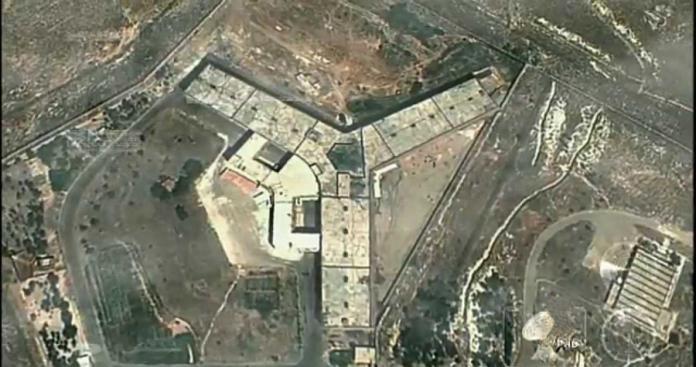 معتقل سابق في سجن حماة المركزي يكشف لشبكة الدرر الشامية خفايا سجون النظام