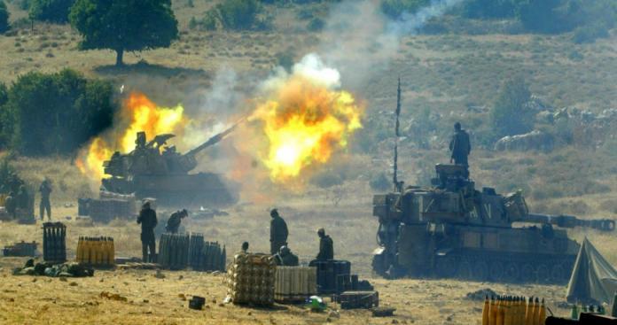 """جيش الاحتلال الإسرائيلي يقصف مواقع لـ""""نظام الأسد"""" في القنيطرة"""