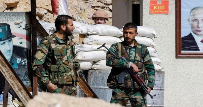 المال مقابل عدم الاعتقال.. مخابرات الأسد تبتز الشباب في الغوطة الشرقية