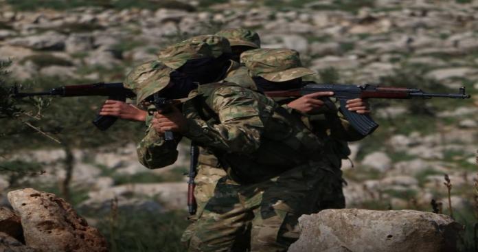 """""""تحرير الشام"""" تكشف تفاصيل ضرب """"نظام الأسد"""" في العمق باللاذقية.. وحصيلة الخسائر بينها إيرانيون"""