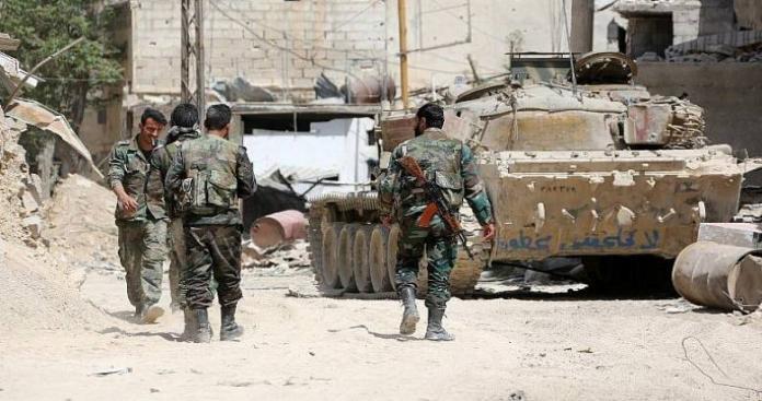 """صحيفة روسية: """"جيش الأسد"""" فشل في معارك إدلب..وجنوده معنوياتهم منهارة وليس لهم إرادة قتالية"""