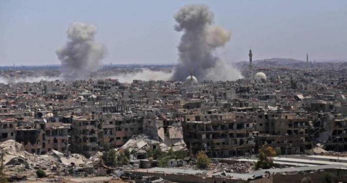 انفجارات ضخمة تهزّ موقعًا عسكريًّا للنظام بمنطقة القطيفة في ريف دمشق