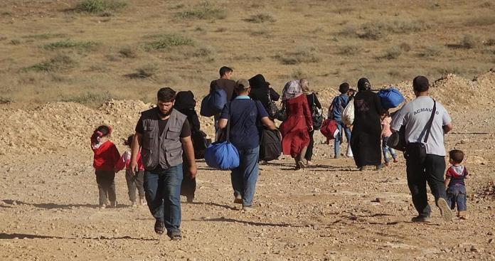 رئيس بلدية عرسال يوضح حجم معاناة اللاجئين السوريين بعد هدم بيوتهم