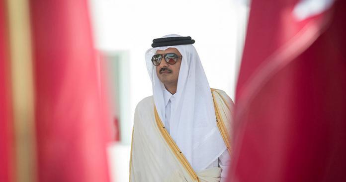"""بعد غياب أمير قطر عن """"قمة الرياض"""".. شقيق تميم بن حمد يوجه رسالة لقادة الخليج"""