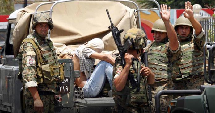 """بعيدًا عن تسليمهم لـ""""نظام الأسد"""".. السلطات اللبنانية تقتل السوريين بطرق أخرى"""