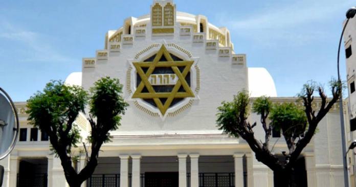 شاهد.. اليهود يكشفون عن أول كنيس بالإمارات (صور)