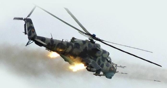 """فصائل """"الفتح المبين"""" تصيب طائرة جديدة للنظام وتدك معاقله في حماة"""