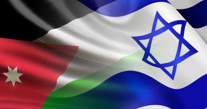 """صحيفة إسرائيلية: مسئولون إسرائيليون """"تنكروا"""" ليلتقوا ملك الأردن"""