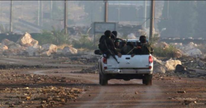 """""""تحرير الشام"""" تخسر مواقع وعناصر بإدلب في هجمات لـ""""أحرار الشام"""" و""""الزنكي"""""""