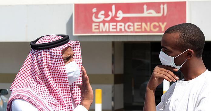 مشاهد مرعبة في شوارع السعودية والكويت.. وتحذيرات للمواطنين والمقيمين من خطر الموت (فيديو)
