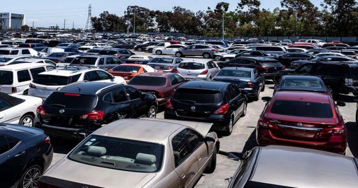 أزمة عالمية في أسعار السيارات المستعملة تُلقي بظلالها بشدة على السعودية وسلطنة عمان