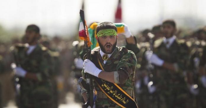 """""""الحرس الثوري"""" يعترف بتلقيه ضربة موجعة في معارك سوريا"""