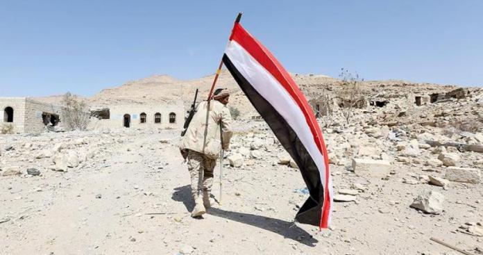 """علم اليمن في قلب حمص يدفع النظام لتحرك عاجل.. ومواقع التواصل تتحدث عن """"الحوثي"""""""