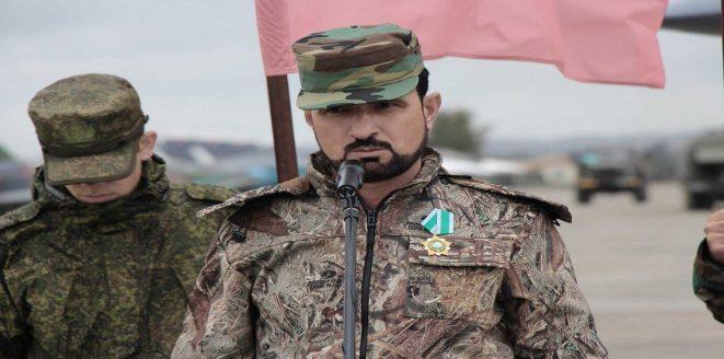 """نسخة جديدة من سهيل الحسن في صفوف """"جيش الأسد"""": حرَّف القرآن (فيديو)"""