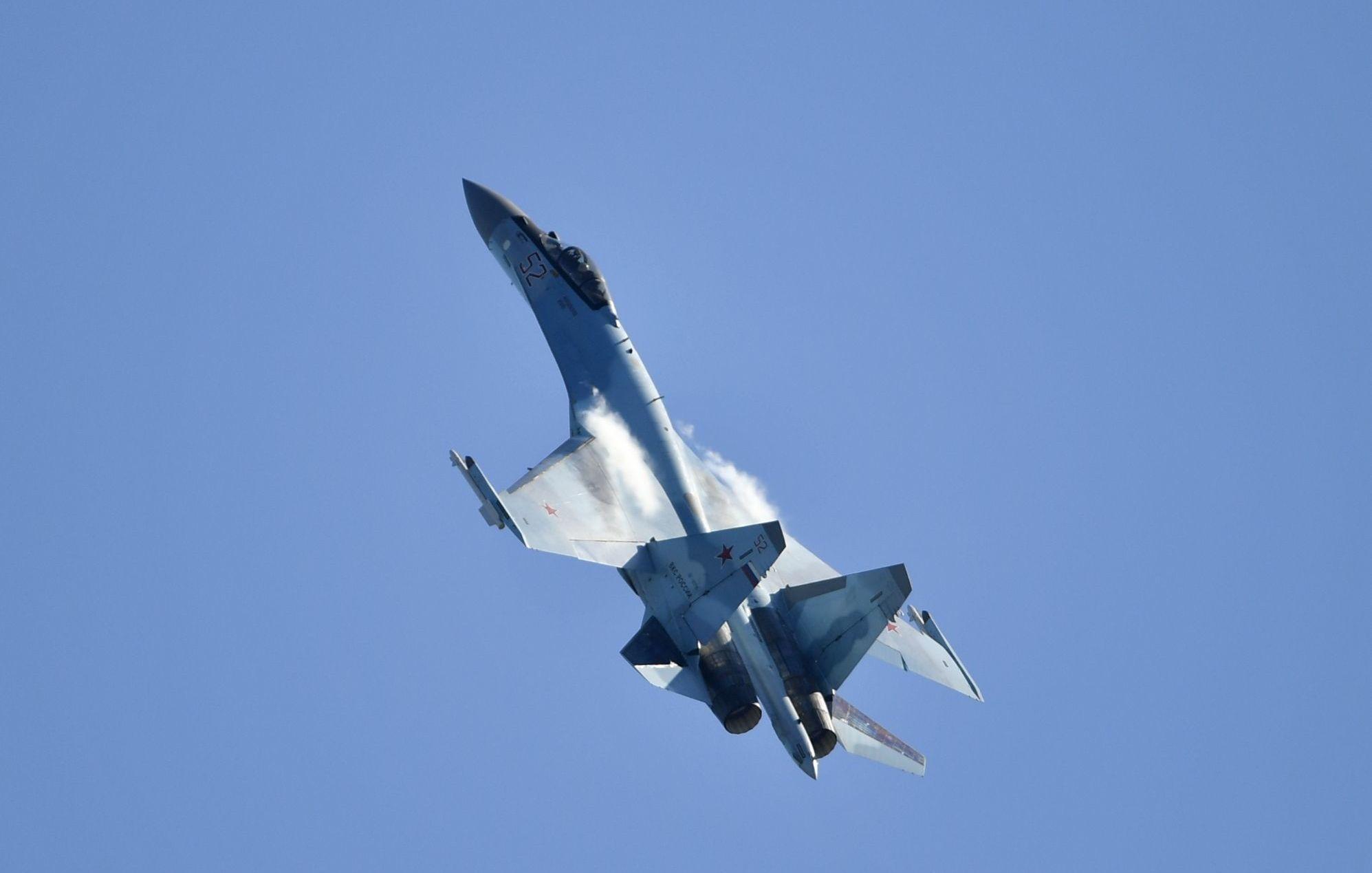 """ضربة جديدة لسلاح الجو الروسي.. سقوط غامض لمقاتلة """"سو-25"""""""