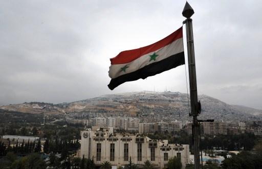 """شلّ شريان الحياة لـ""""نظام الأسد"""".. """"الأخبار"""" اللبنانية: توقف حركة خط الائتمان"""