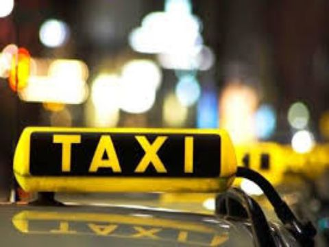 """""""تاكسي الدعارة"""" في دمشق.. هكذا يُسهّل اللقاءات المُحرّمة ويستقطب الزبائن"""