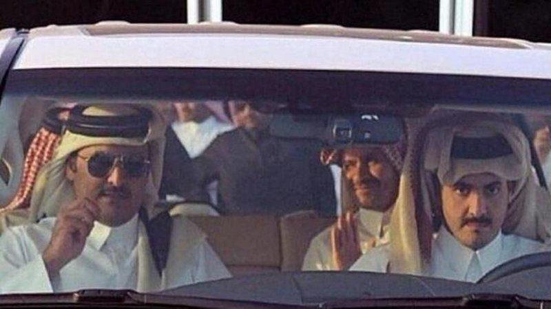 معلومات استخباراتية تكشف مفاجأة: تميم بن حمد اعتقل أخاه غير الشقيق وأخفاه.. أزمة كبيرة في قطر