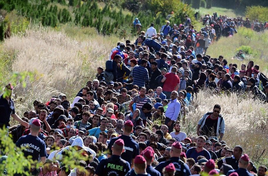 فرص متاحة أمام اللاجئين لإعادة التوطين في أوروبا وكندا!