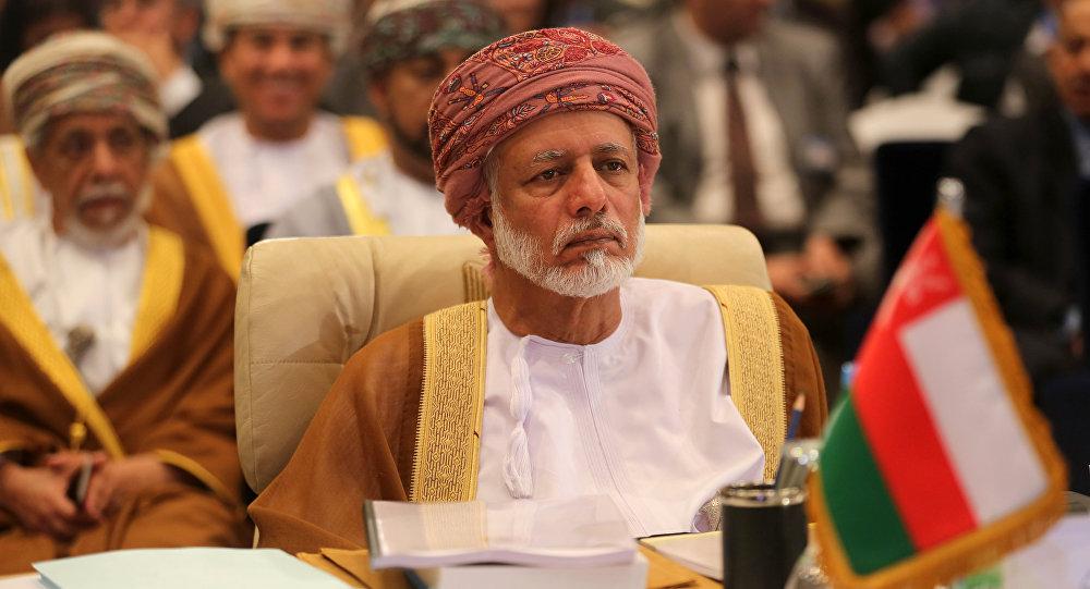 """سؤال غريب ومفاجئ لـ""""بن علوي"""" يكشف مفاجأة جديدة عن سلطنة عمان (فيديو)"""
